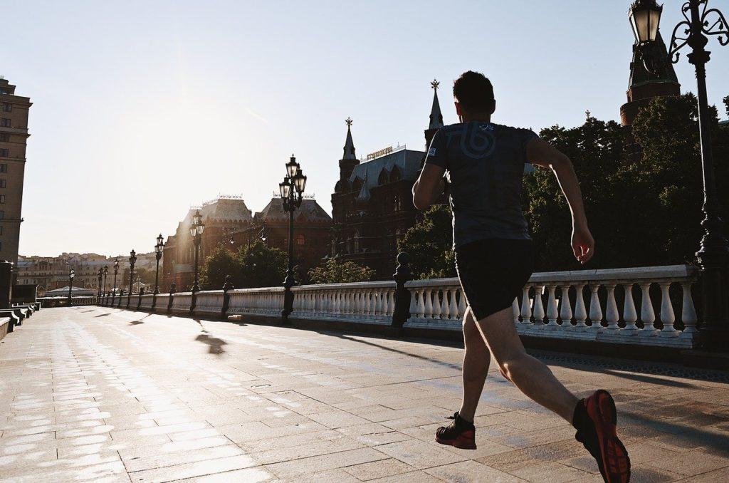 不安への対処法-全力で走る者に不安は追いつけない-